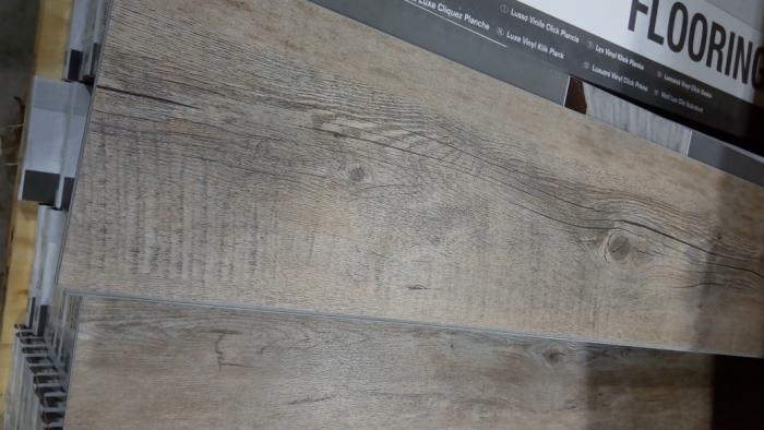 Vinylová podlaha dřevěný vzor